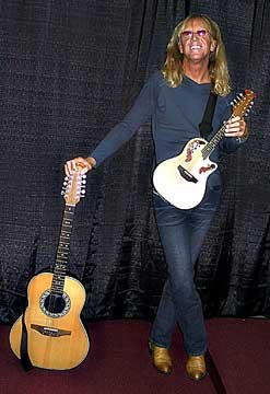 http://www.emando.com/images/players/davey-johnstone.jpg